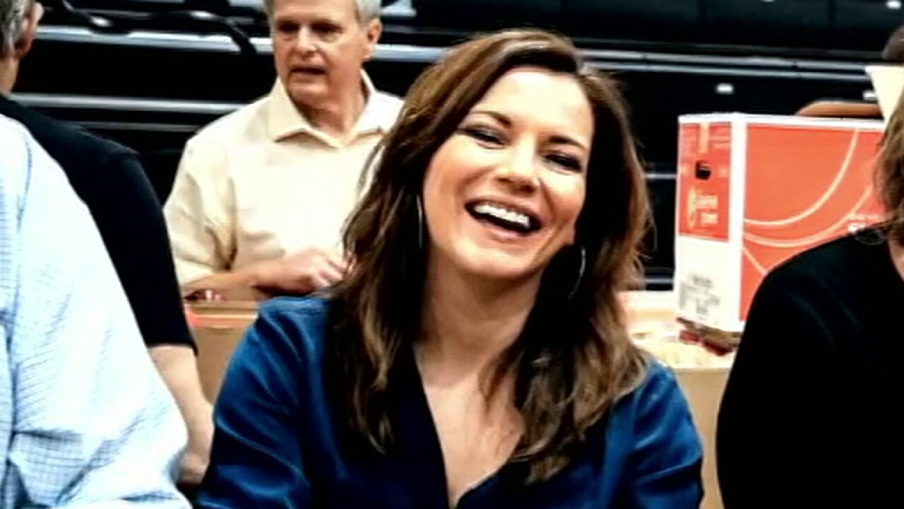 Martina McBride steps up to help feed a Nashville in crisis