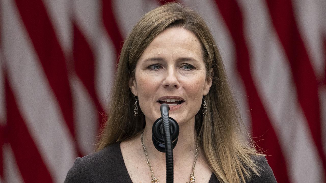 Democrats call on Judge Barrett to recuse herself