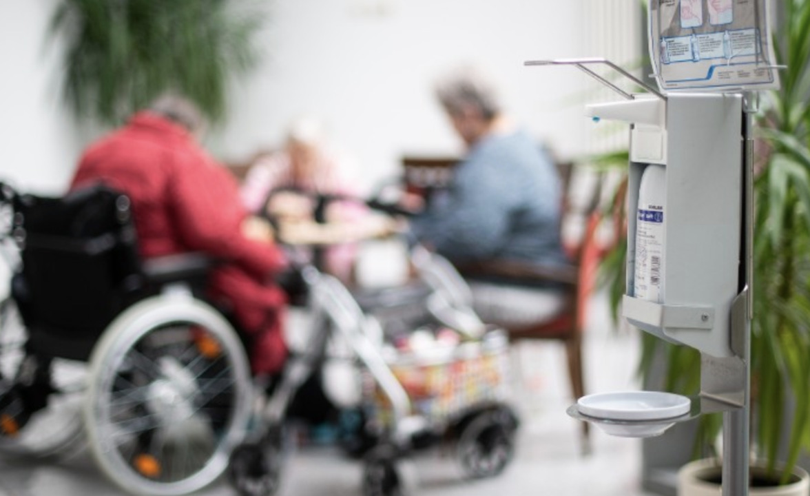 Officials: Nursing homes may run out of masks, gowns next week amid coronavirus outbreak