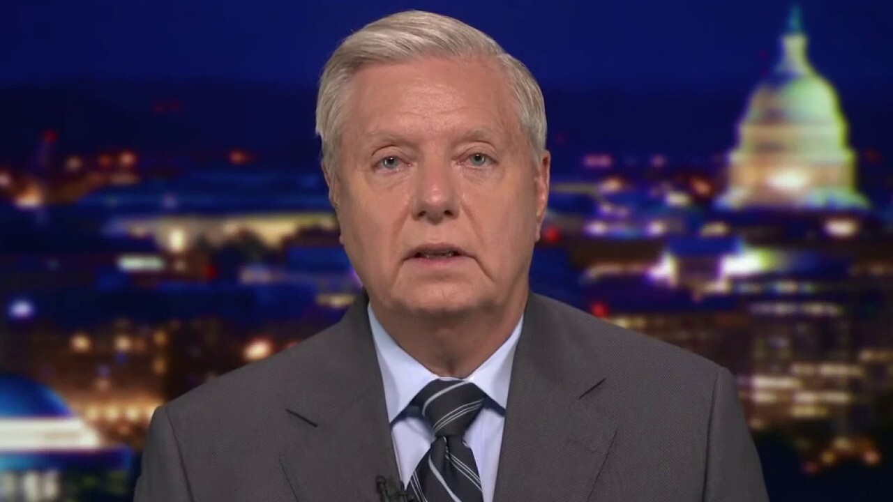 Lindsey Graham says lab leak theory coverup 'stinks to high heavens'