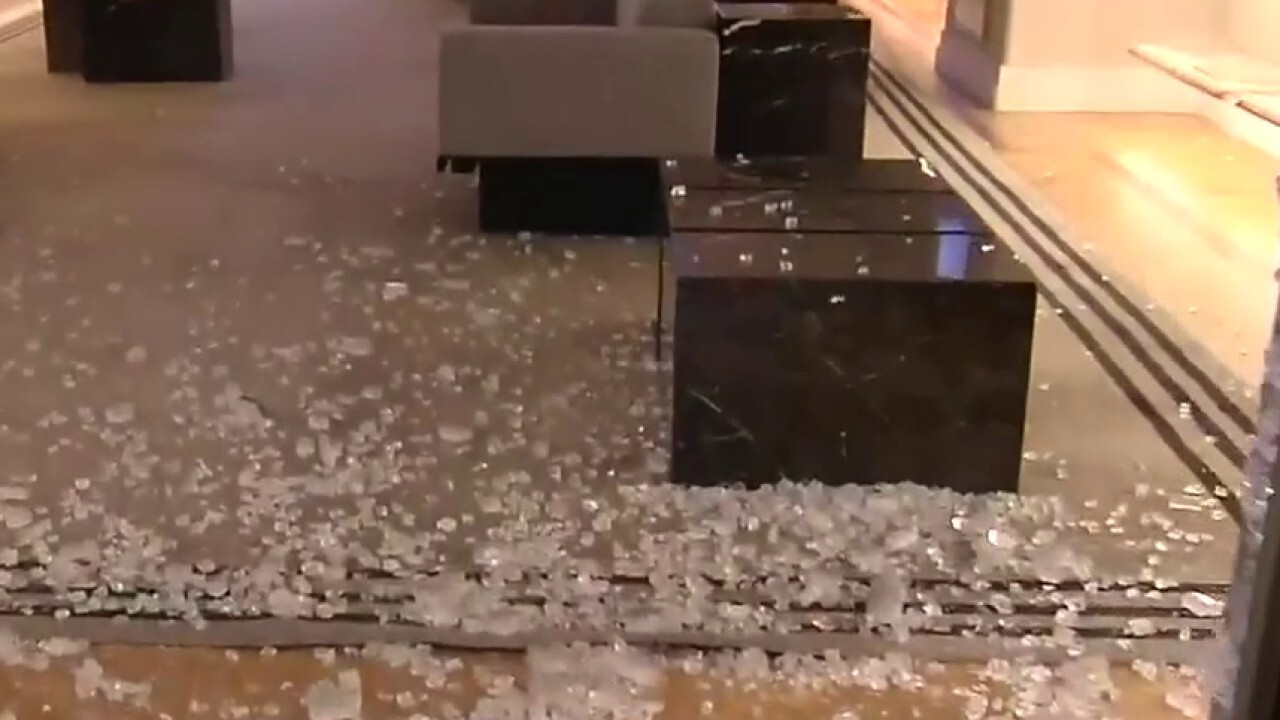 Luxury stores ransacked in heart of Manhattan's shopping district