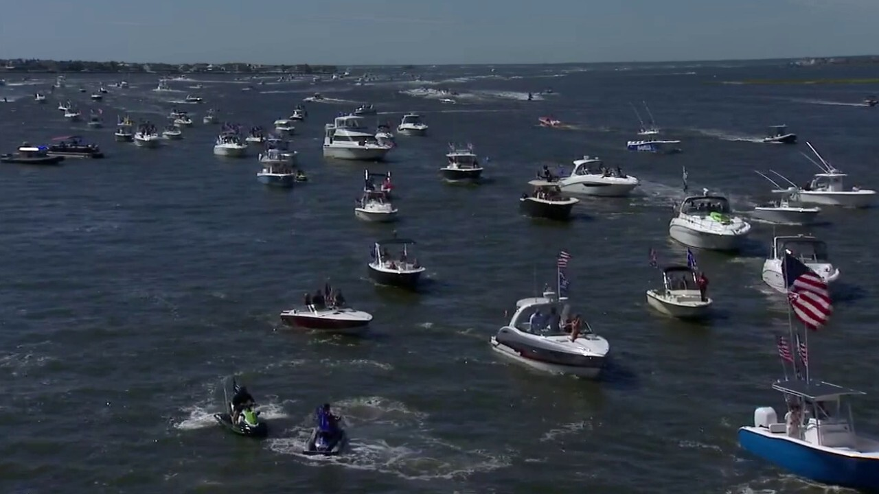 Pro-Trump, pro-cop boat parade lines Jersey Shore