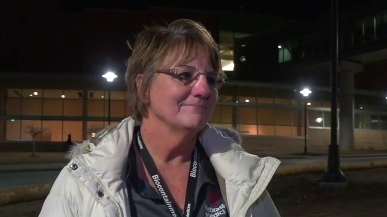 Coronavirus quarantine nurse on patients' treatment and recovery
