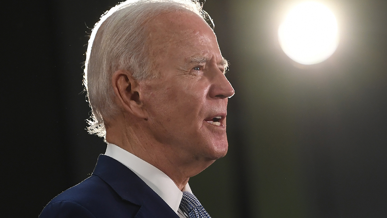 Can Biden find middle ground with fellow Democrats calling to defund police?