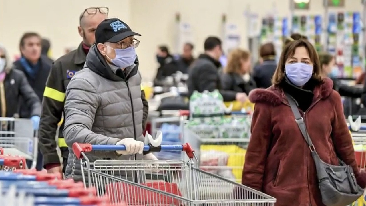 Face masks in focus as US death toll from coronavirus pandemic rises