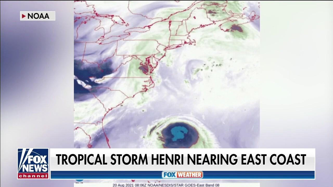Tropical Storm Henri nearing East Coast
