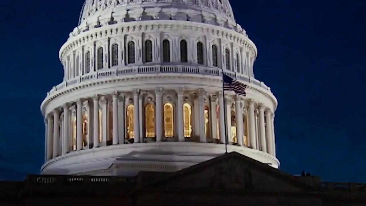 Congress holds rare weekend session for aid deal