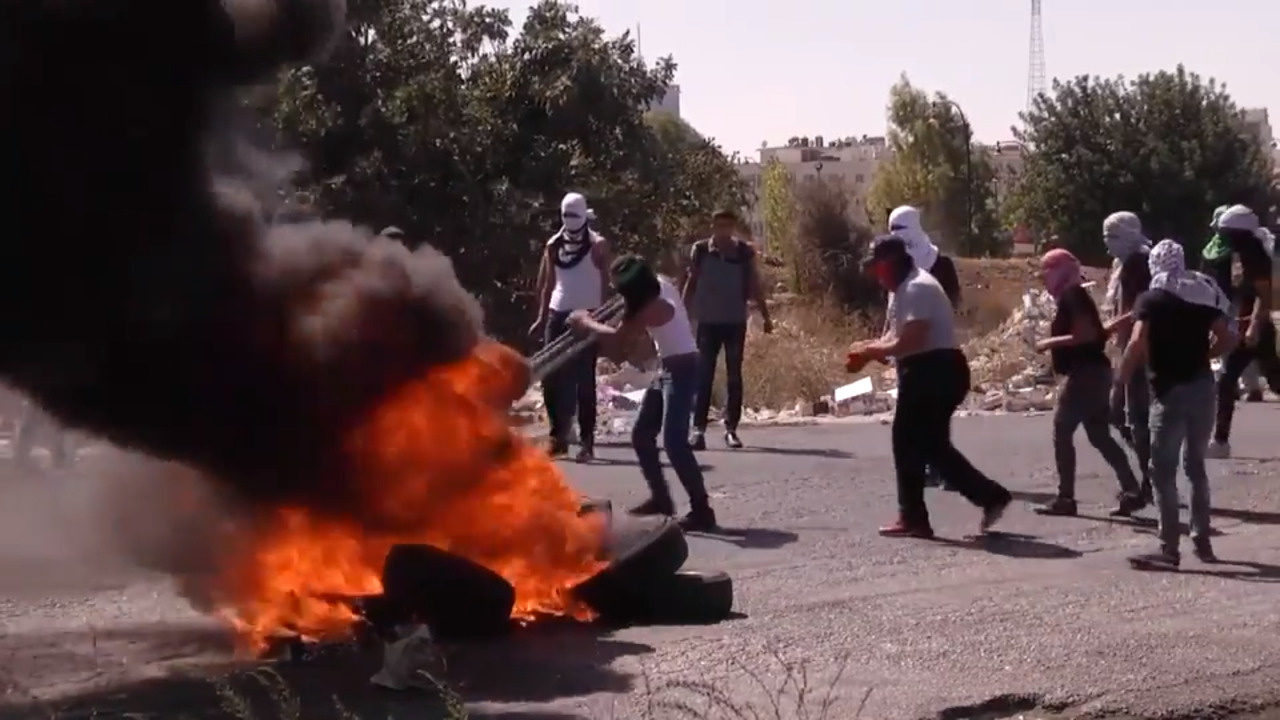 Fox News' Pete Hegseth caught in crossfire of Palestinian riot.