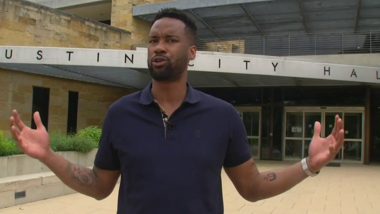 Lawrence Jones talks to citizens 'left to fend for themselves' in Austin