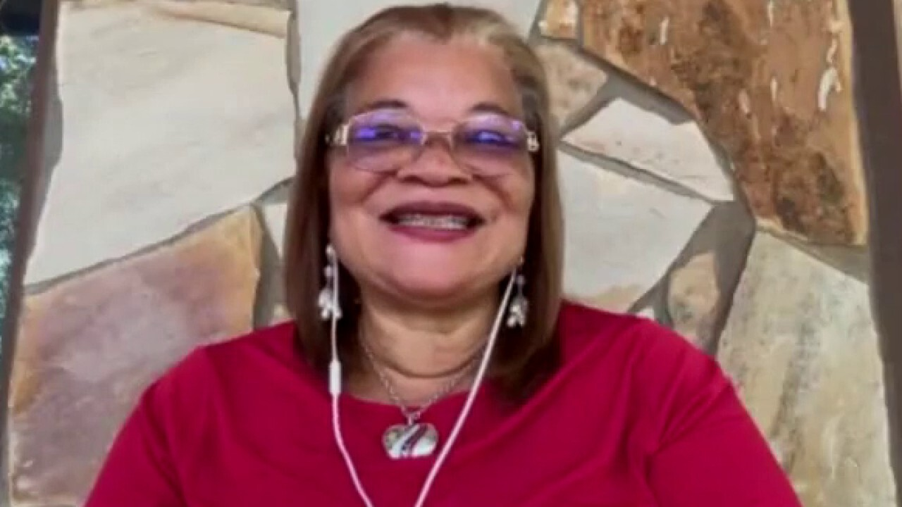 Dr. Alveda King joins Harris Faulkner to discuss race relations in America