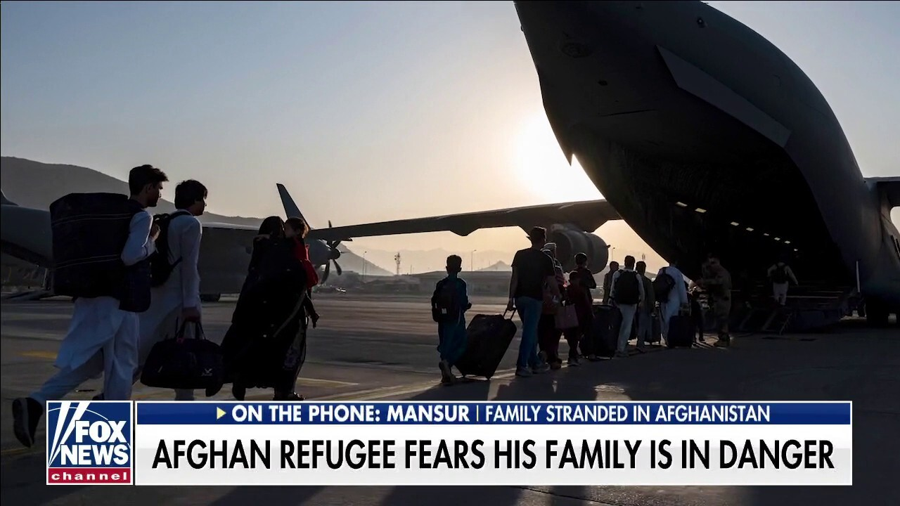 Man with family stranded in Afghanistan cautions Biden on trusting the Taliban: 'Don't fall for their lies'