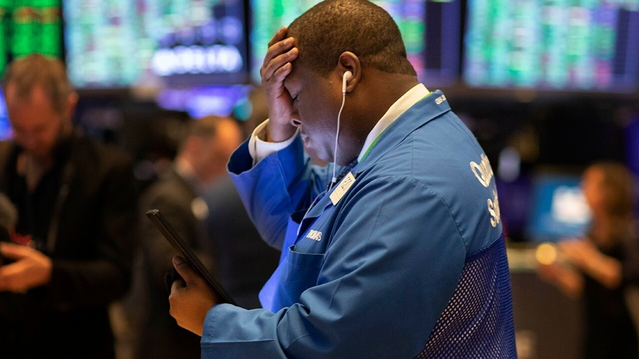 Stock futures plunge as fed cuts interest rate to zero amid COVID-19