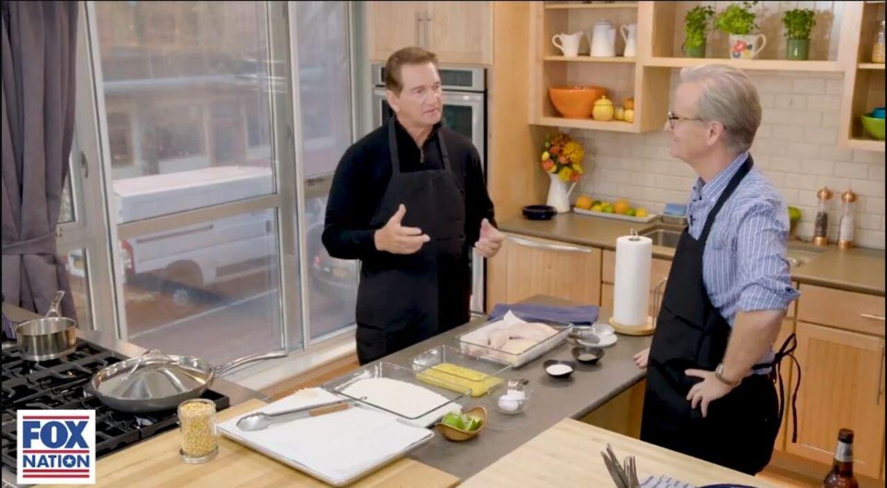 Joe Theismann and Steve Doocy cook fried chicken