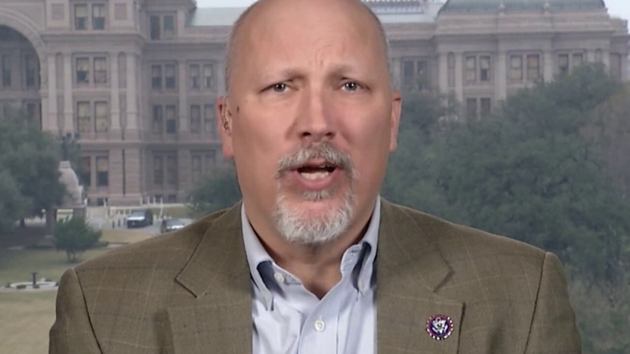 Chip Roy: Biden is 'purposefully' refusing to enforce US law with new immigration policies