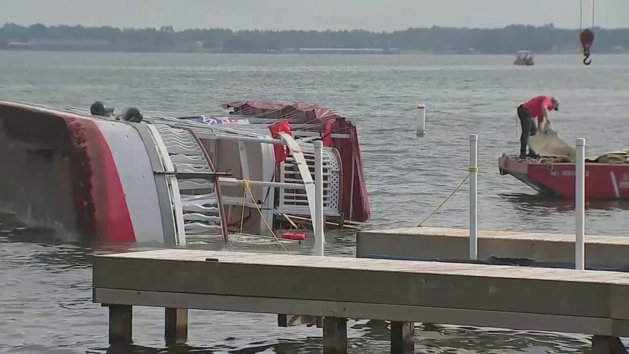 Texas double-deck party boat overturns on lake with children aboard