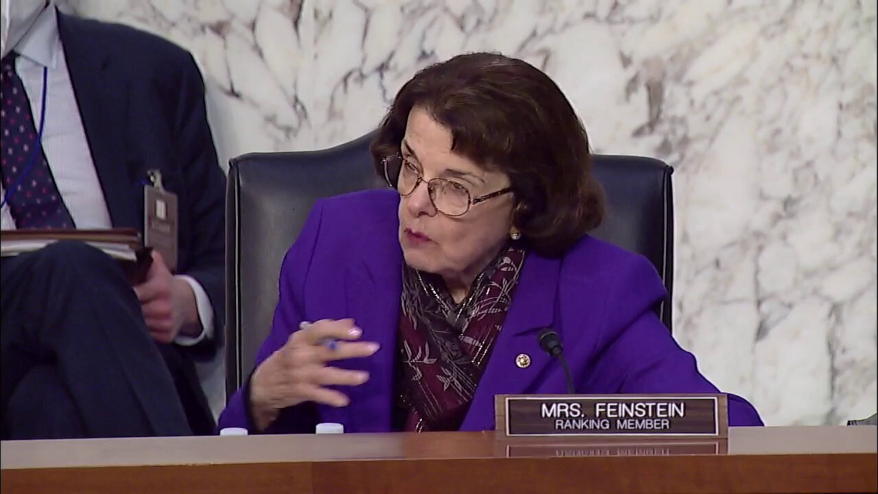 Calls for Feinstein to stand down from Judiciary Committee role after Graham hug