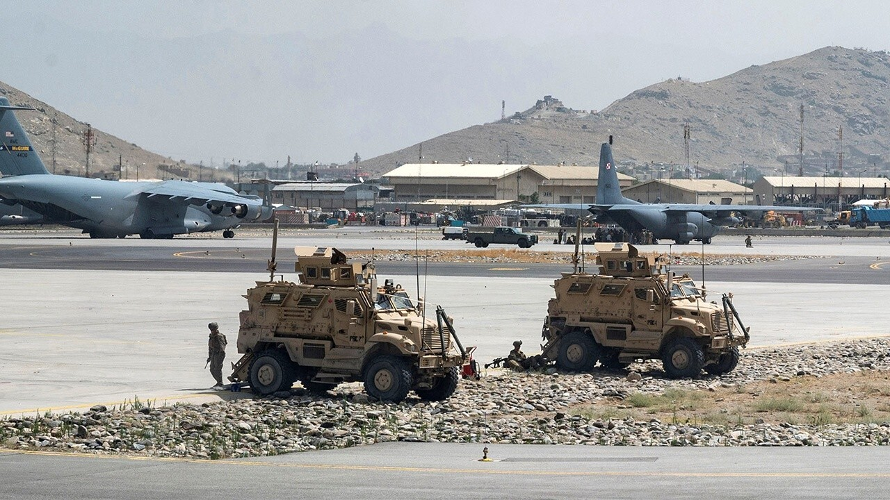 Isis affiliate reportedly threatens Kabul airport
