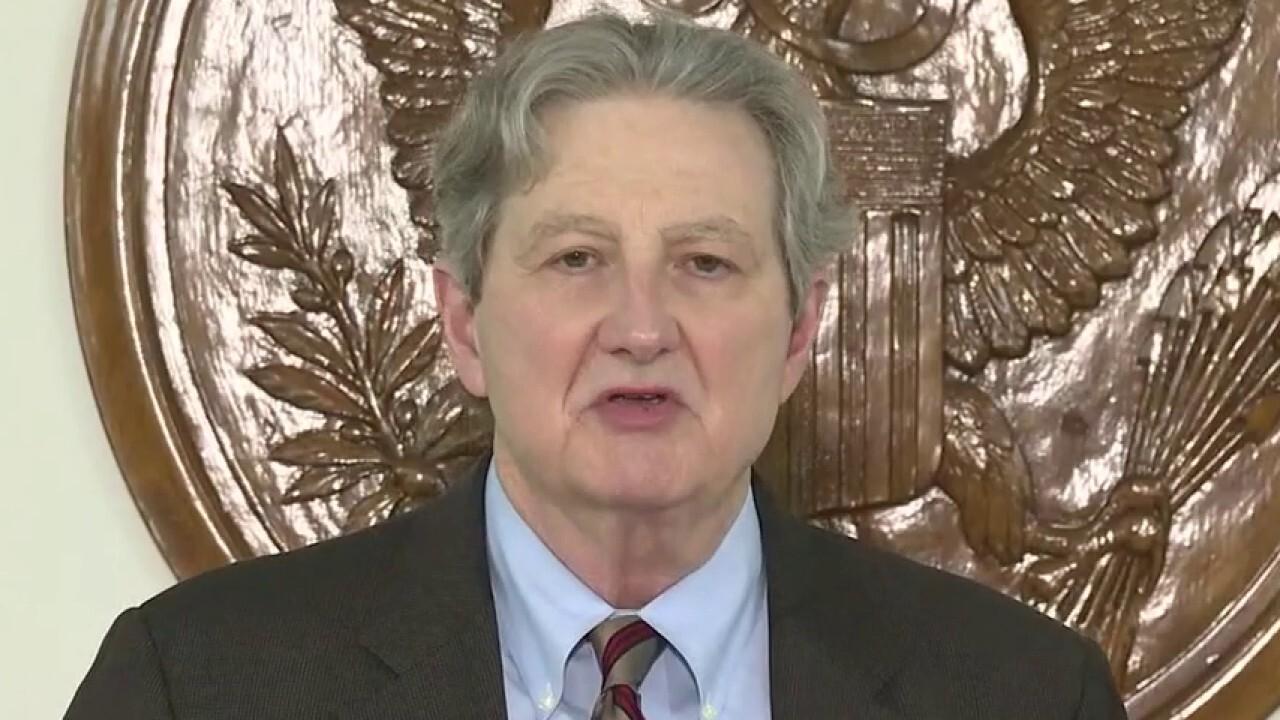 Democrats and Republicans spar over future coronavirus relief bill