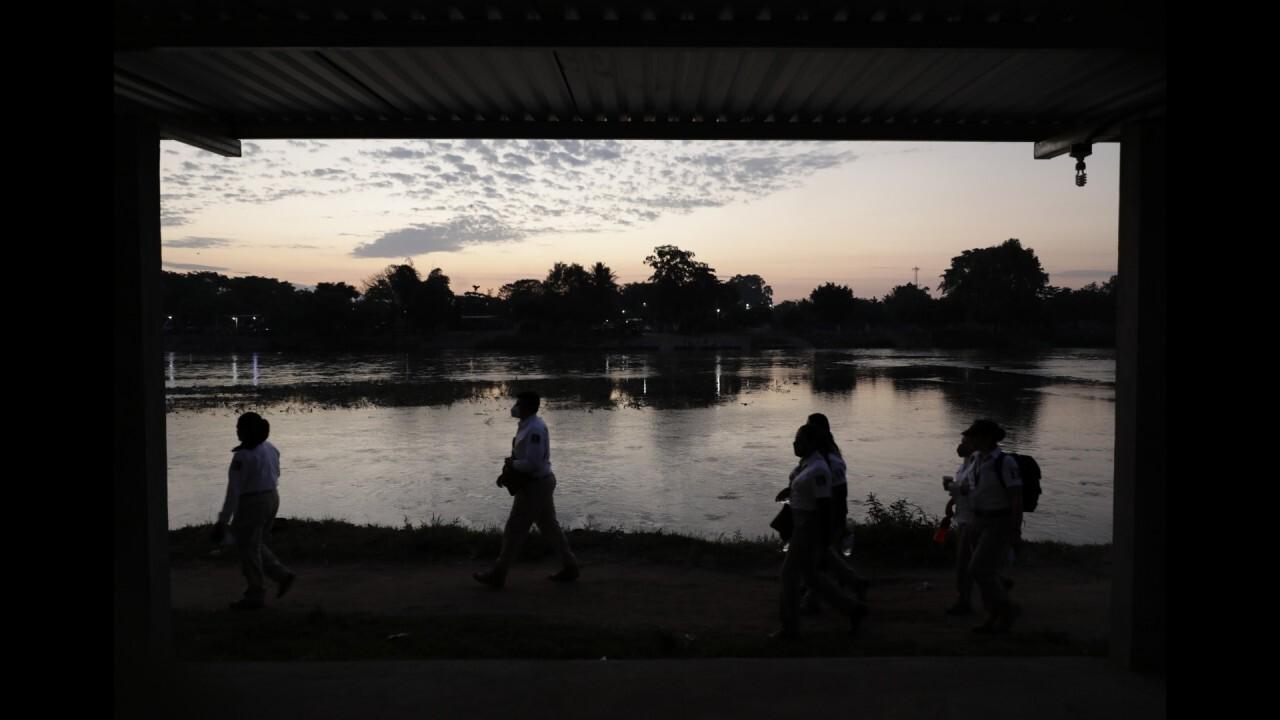 Former border agent sounds alarm on drug cartel tax, debts faced by migrants