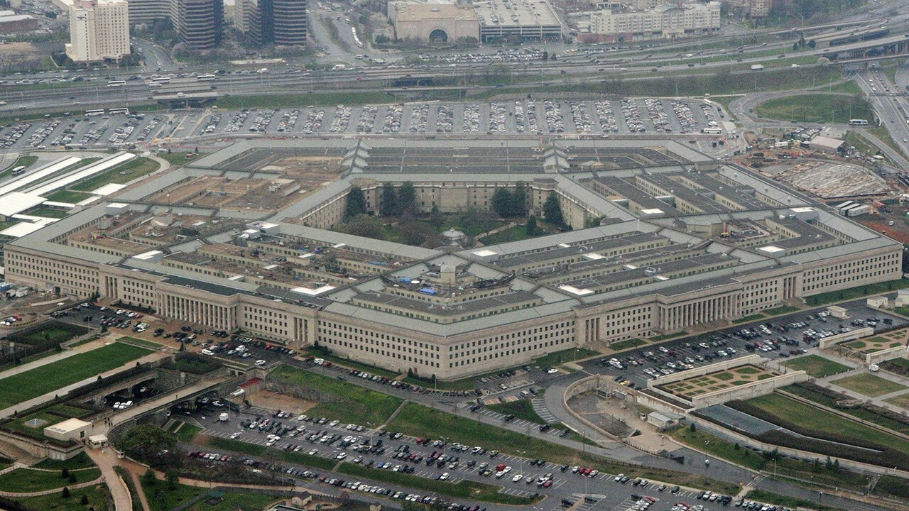 Pentagon officials hold briefing amid ongoing Afghanistan crisis