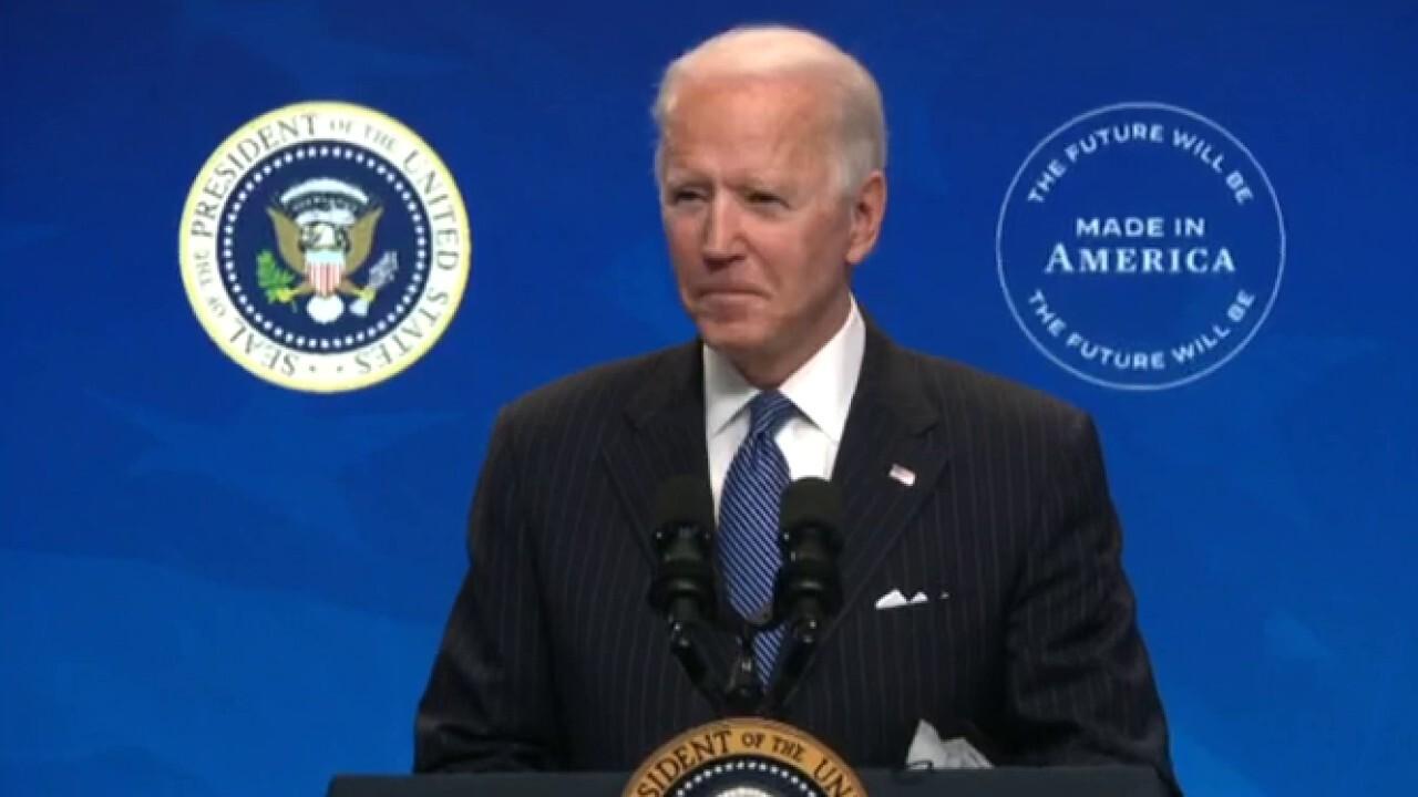 Texas judge blocks Biden's 100-day deportation freeze