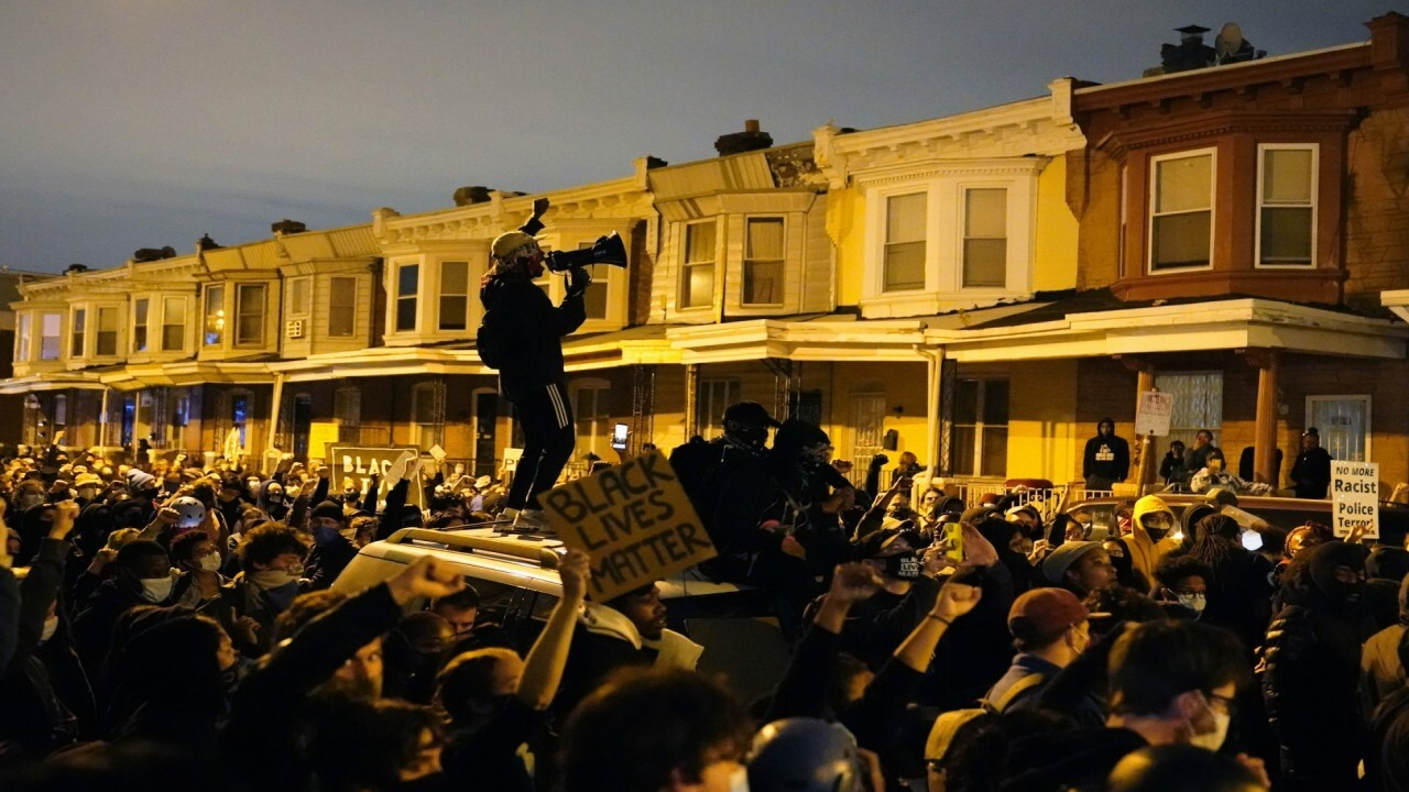 Second night of looting, unrest in Philadelphia after police shooting