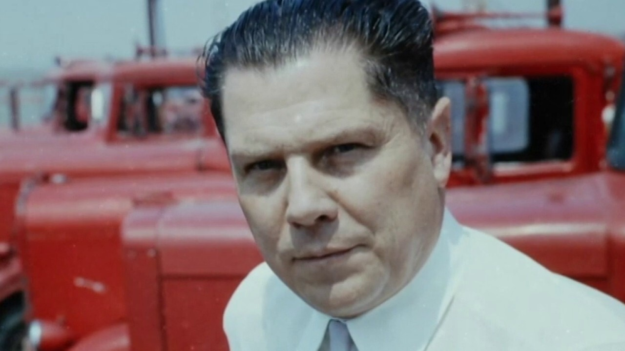 """Eric Shawn: New tip says Jimmy Hoffa is buried at Georgia golf course on """"mob island"""""""