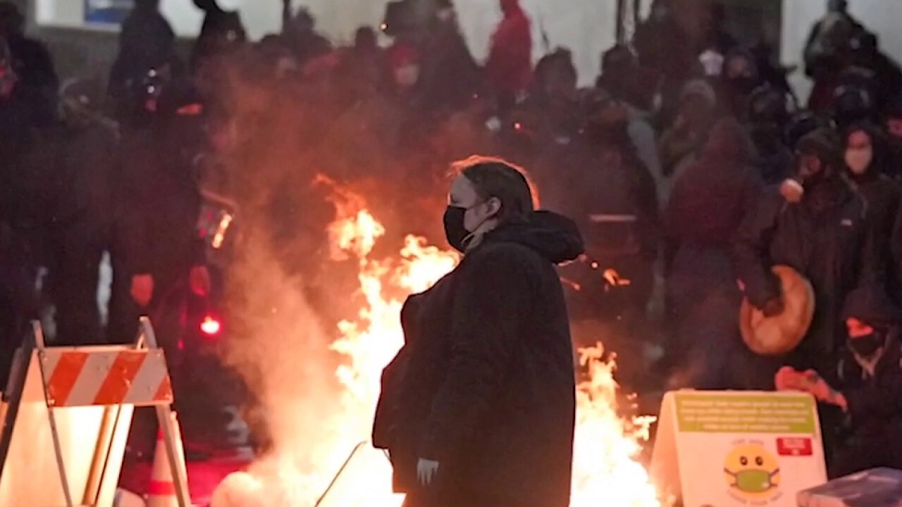 Seattle police chief calls for crackdown on left-wing rioters