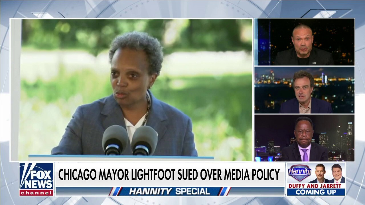 Leo Terrell declares Lori Lightfoot a 'racist' after discriminating against White reporters