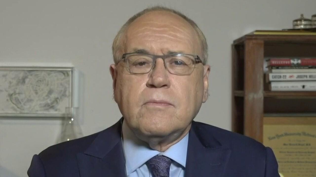 Dr. Marc Siegel on public-private partnership to develop coronavirus vaccine