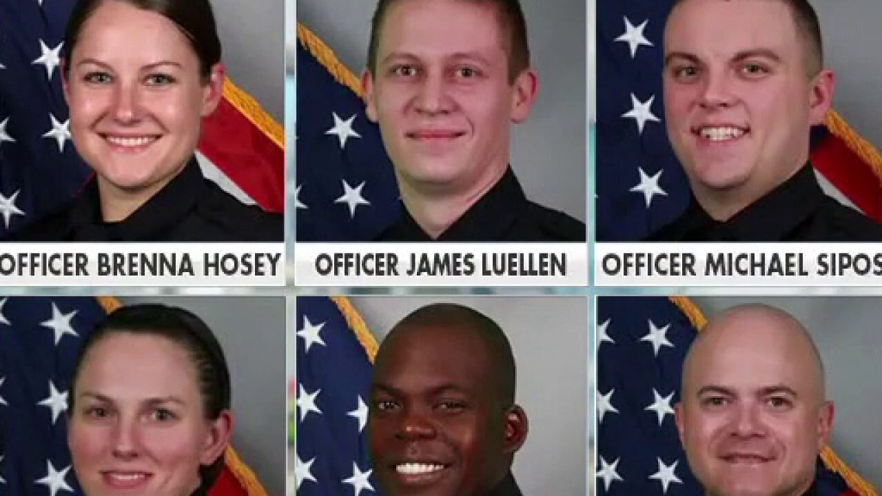 Nashville officers called 'heroes' for clearing area before blast