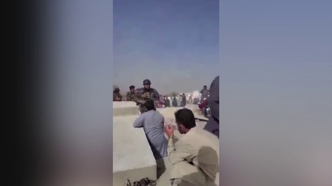 Warning, disturbing content: Taliban fighters open fire as Afghans protest