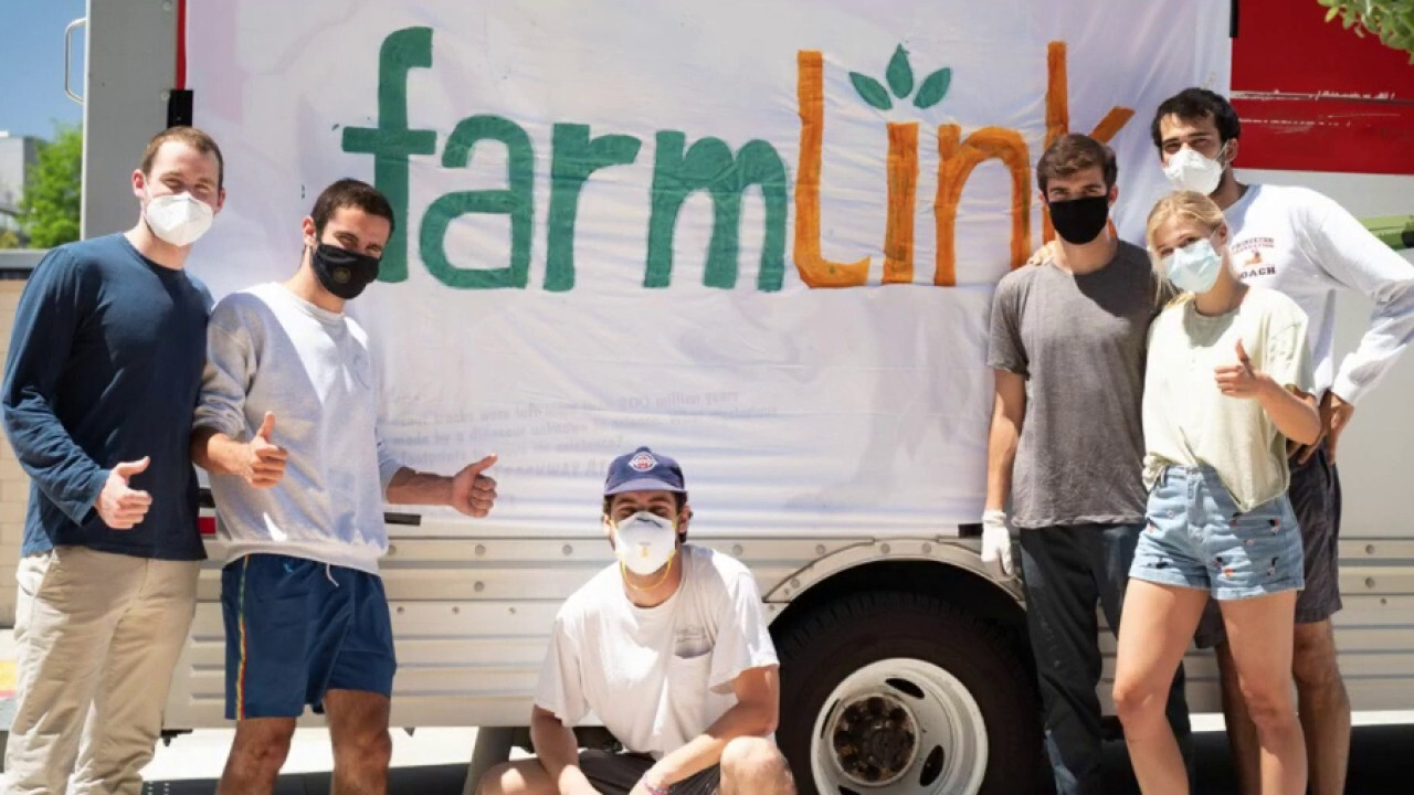 College students bring surplus from farms to food banks