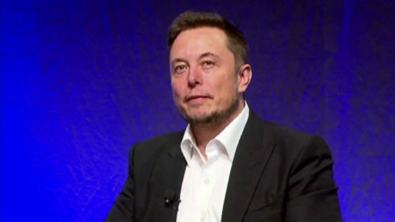 Growing backlash over Elon Musk hosting 'Saturday Night Live'