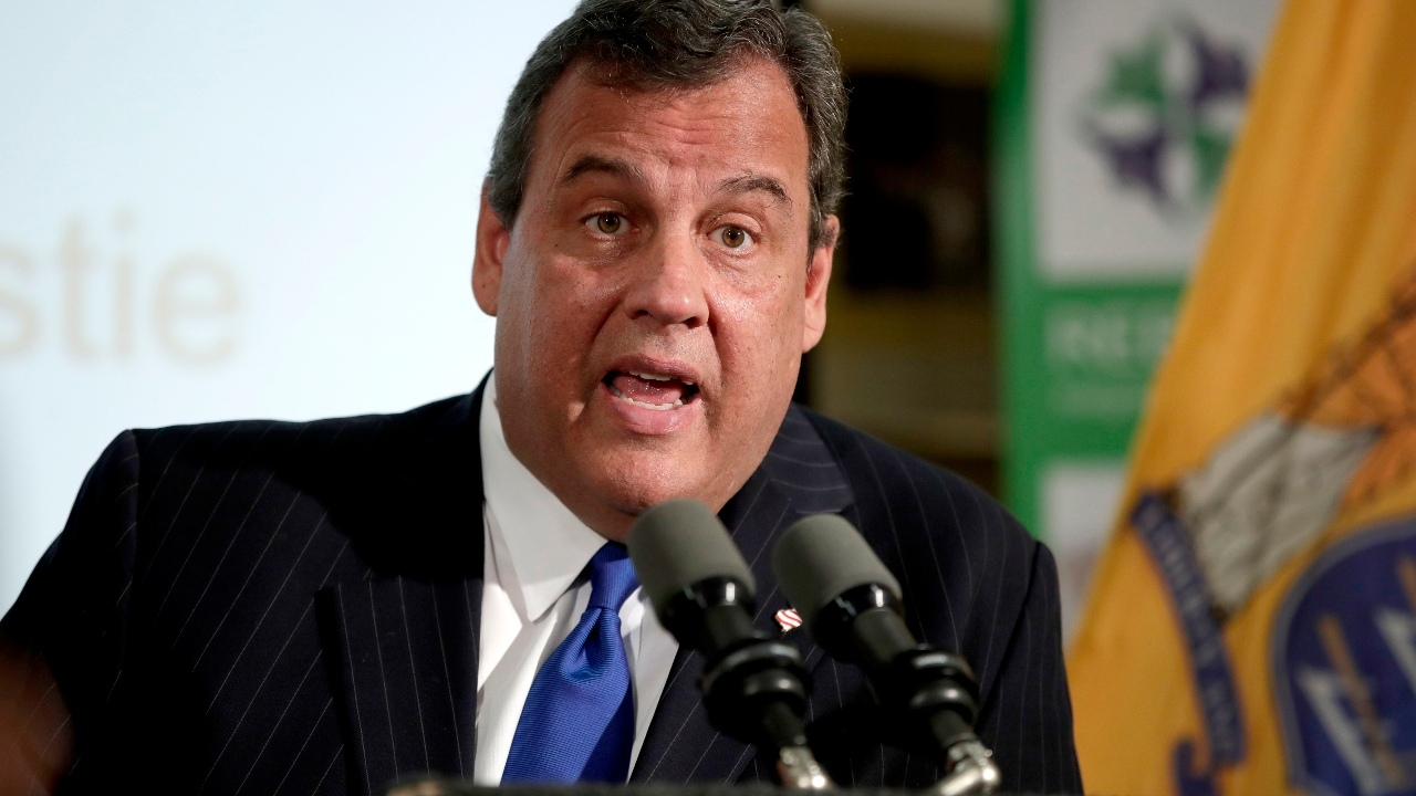 Christie shifts stance, says he was wrong