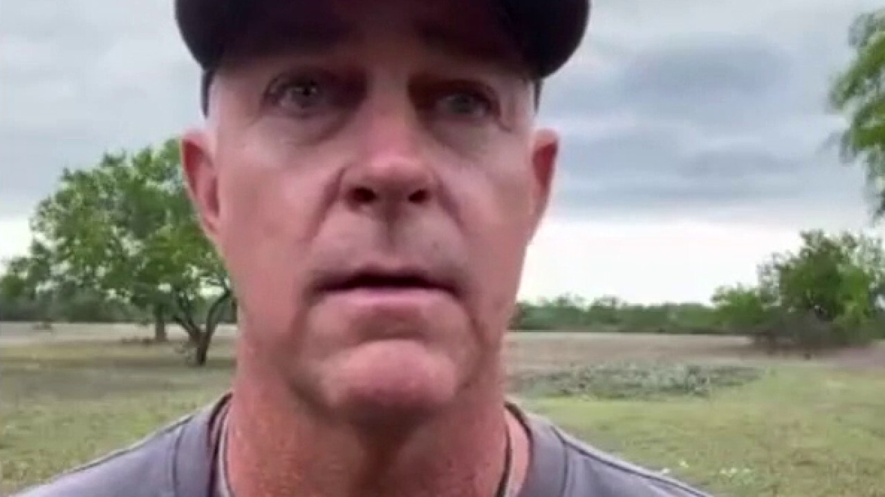Rancher's interview interrupted as border agents pursue migrants