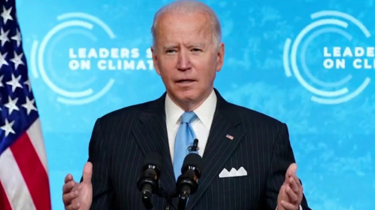 Lindsey Graham slams President over crises, 'everything Biden is touching is going to crap'