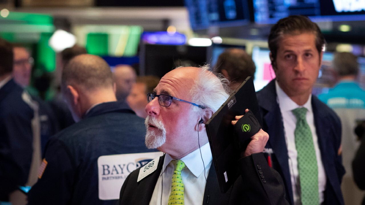 Dow rebounds over 1,000 points over talk of a coronavirus stimulus package