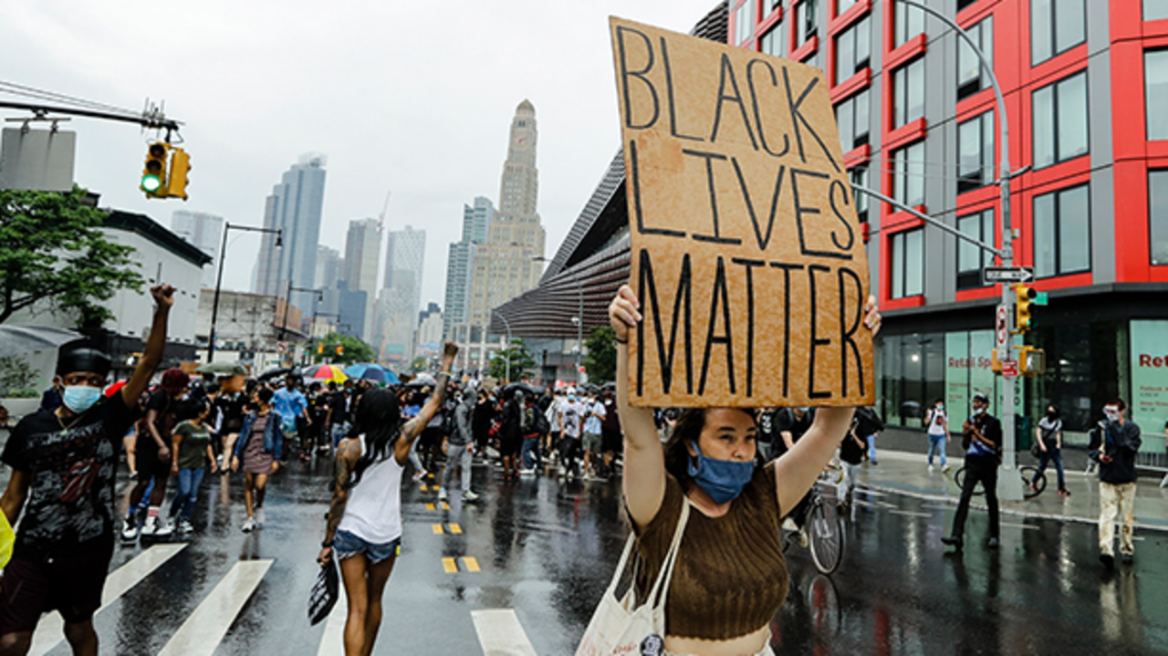 george floyd protests continue in new york city as curfew