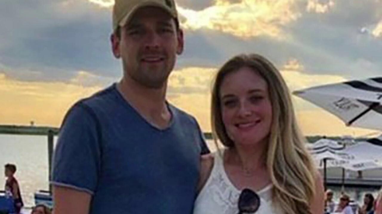 New York couple improvises wedding after COVID-19 crashes original plans, job layoff