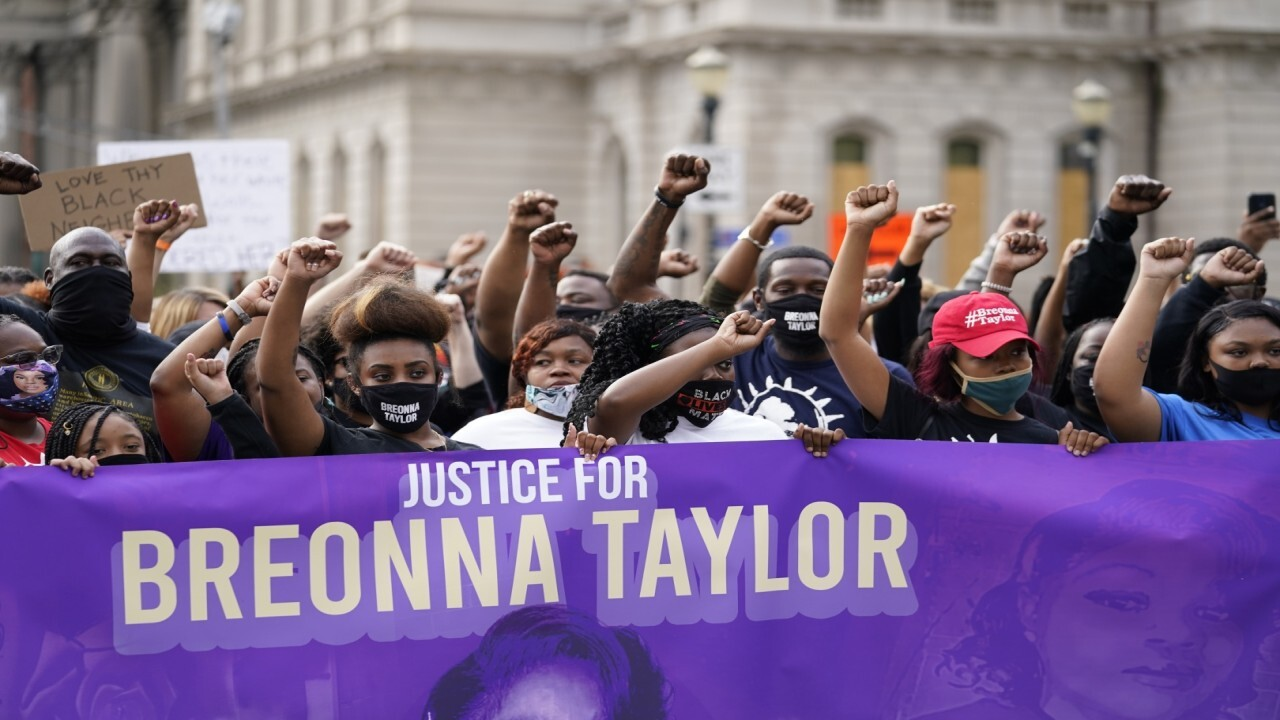 Kentucky AG seeks to delay release of Breonna Taylor grand jury recordings