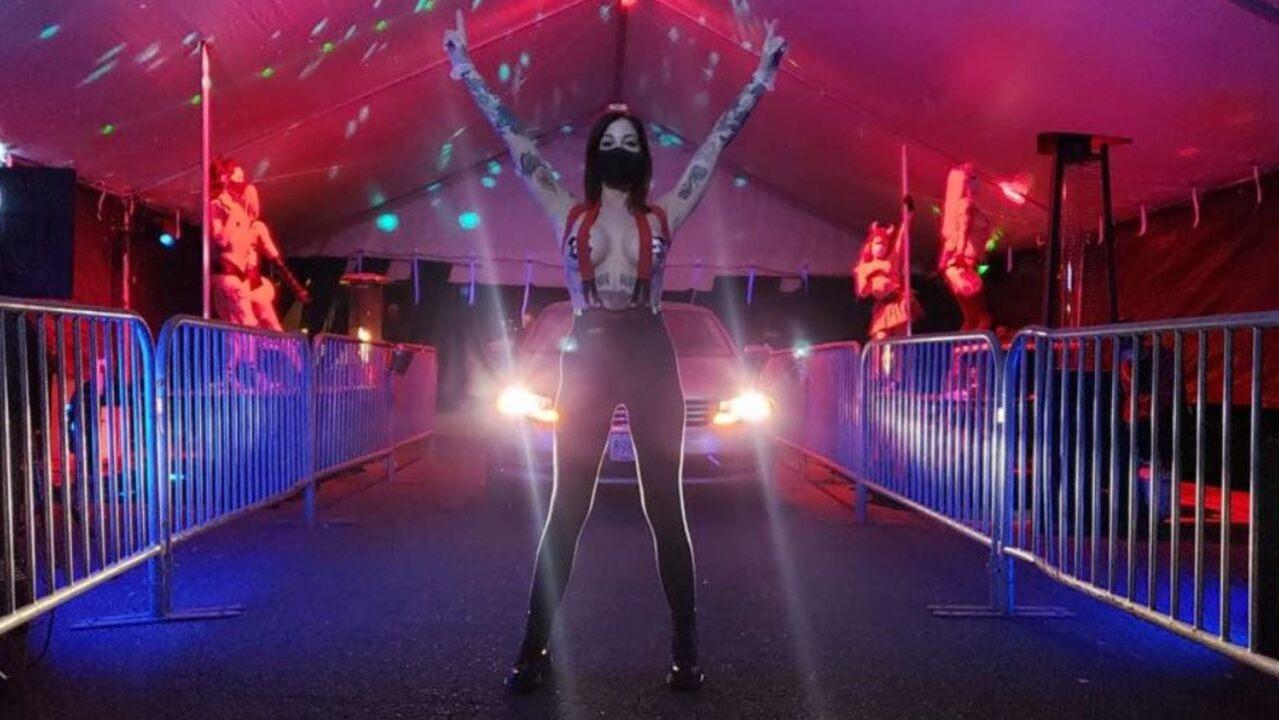 Oregon strip club creates drive-thru experience during coronavirus lockdown