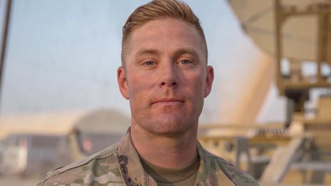 Patriot-toekennings 2020: Kaptein John J. Klein III receives 'Modern Warrior' award