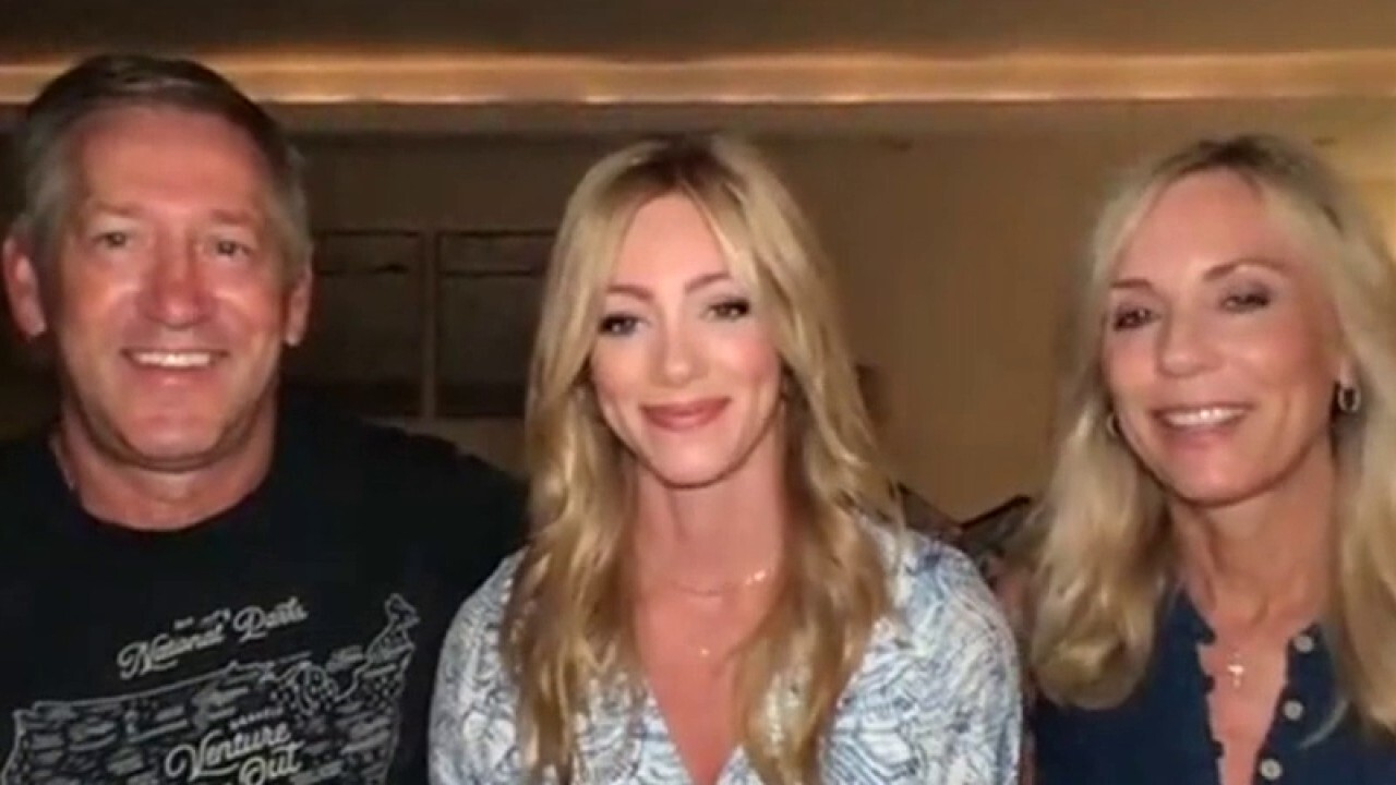 Abby Hornacek and her parents go on a 12-day RV road trip