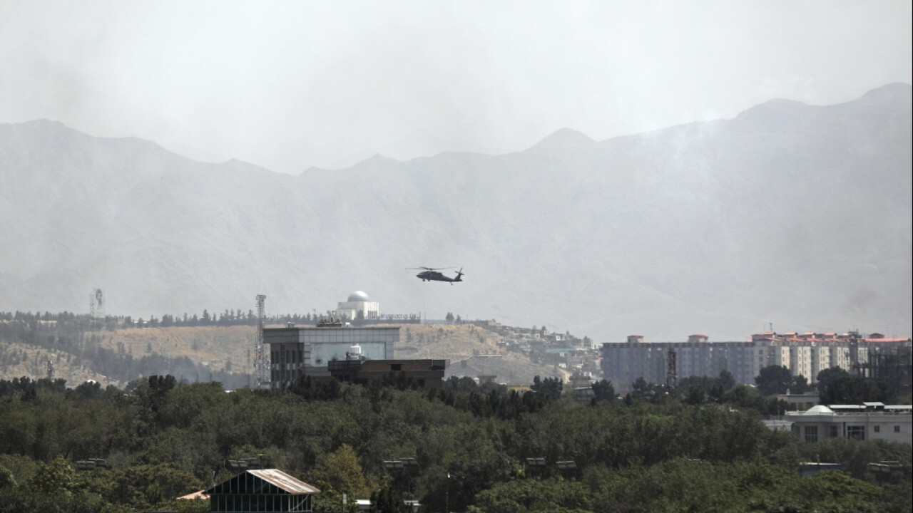 Taliban enter Kabul as government on brink of collapse