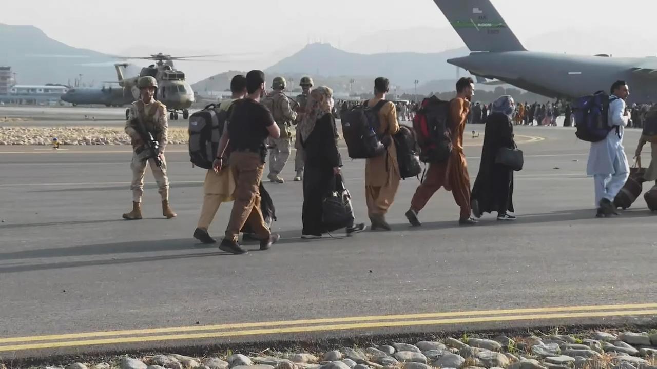 Organizations hiring translators as Afghan refugees resettle in U.S.