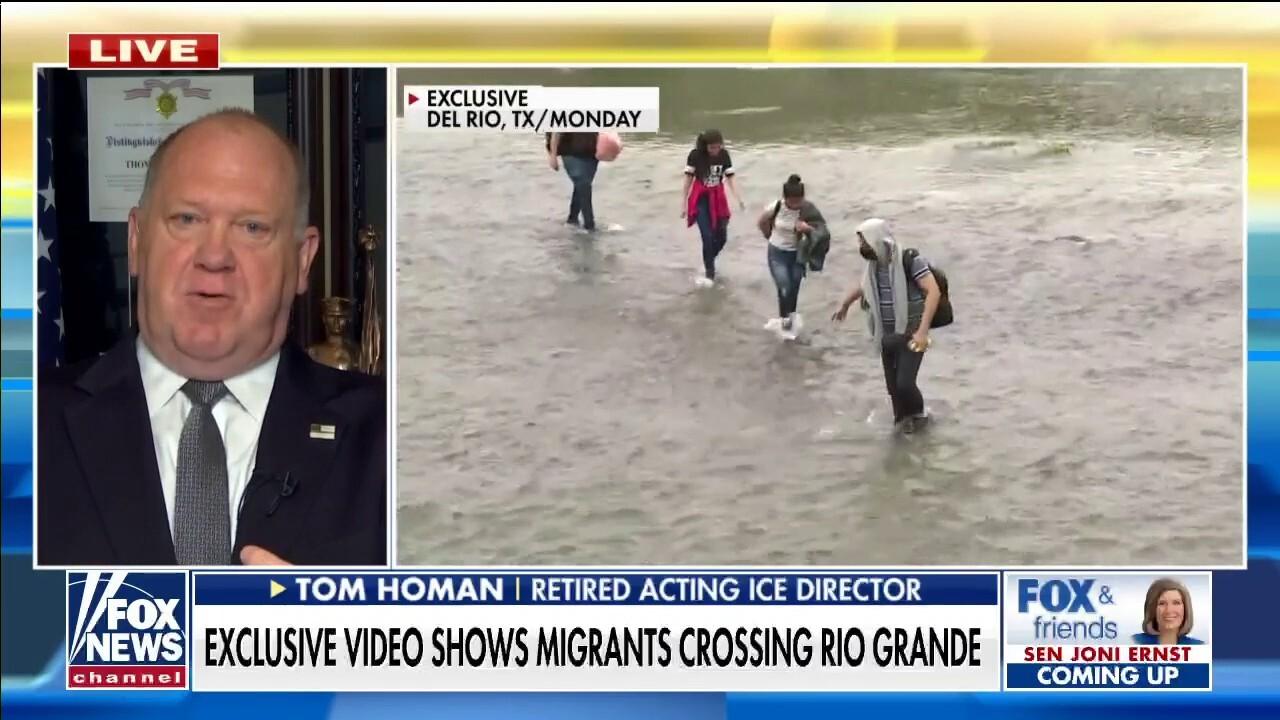 Tom Homan blasts Biden's 'open borders agenda' amid 'unbelievable' Fox News video of migrant crossings