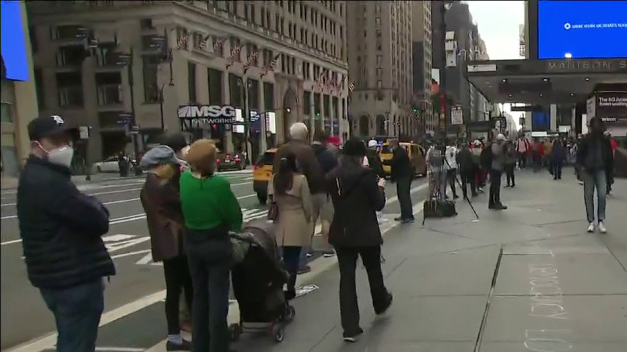 Starting Saturday, New Yorkers can cast their ballots early for president for the first time in history; Alex Hogan reports.
