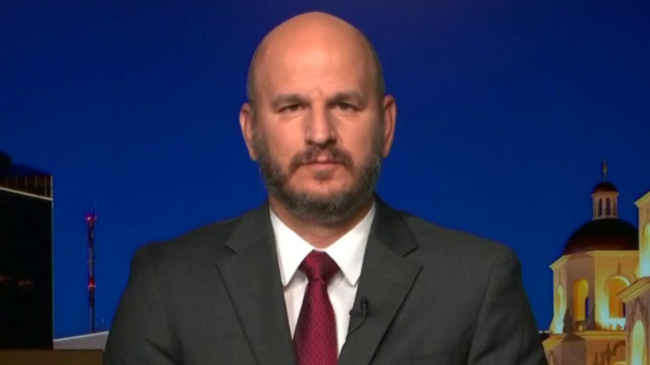 Trump touts border, immigration accomplishments at Arizona campaign stop