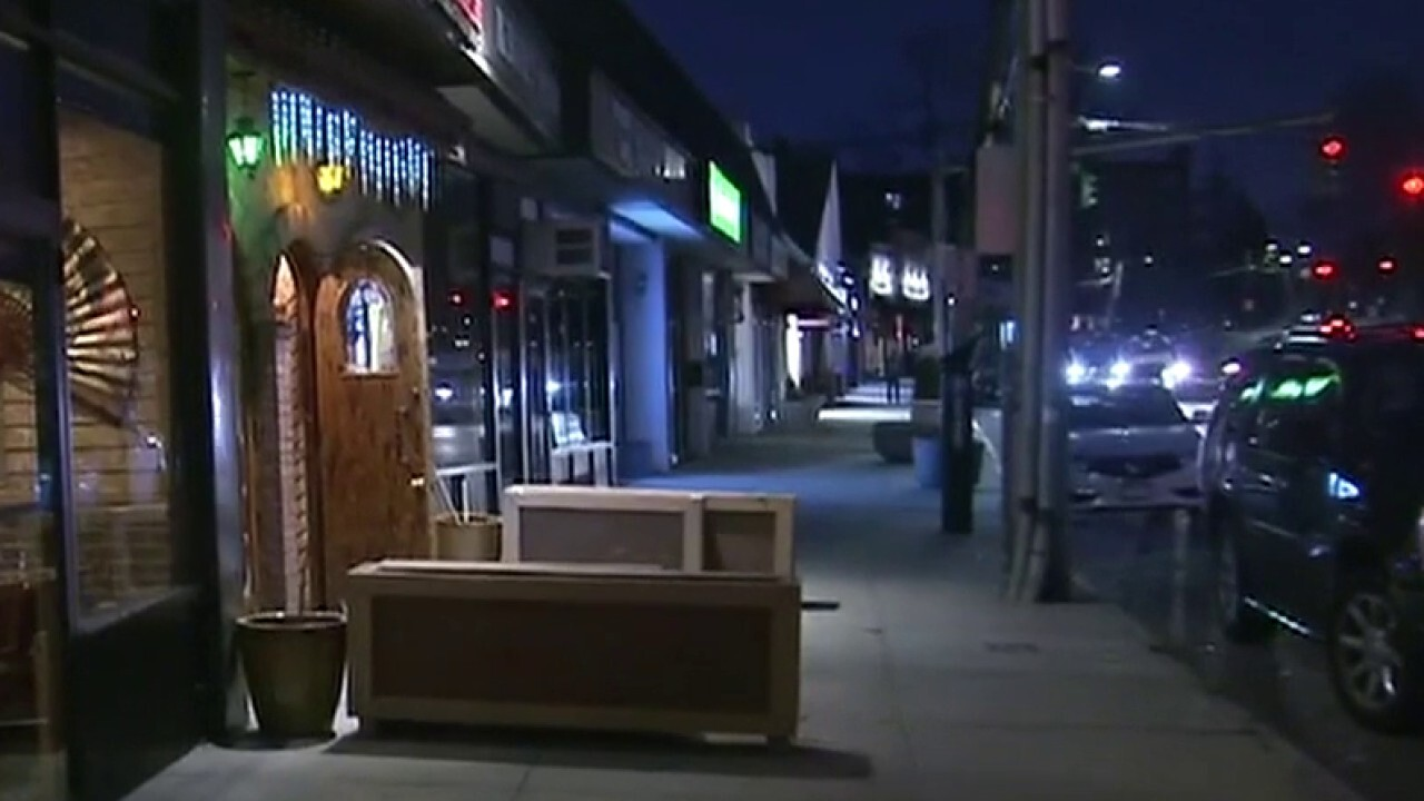 Eerily quiet St. Patrick's Day in New York City after state closes bars, restaurants